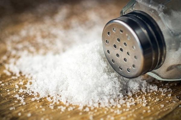 Ibu hamil tidak boleh berlebihan mengonsumsi garam.