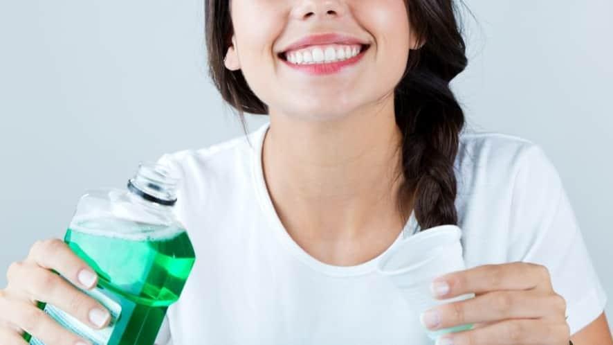 manfaat mouthwash
