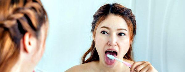 mual saat gosok gigi