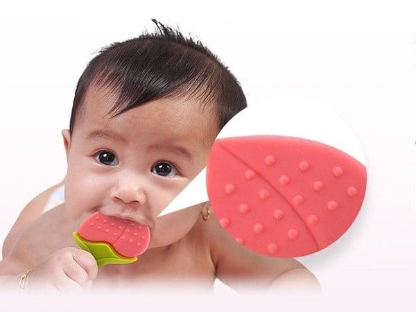 mainan gigit untuk bayi yang mau tumbuh gigi