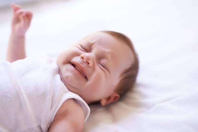 tumbuh gigi pada bayi