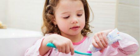 Apakah Merek Pasta Gigi Anak Tanpa Fluoride Lebih Baik