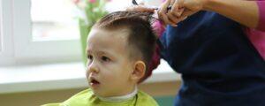 10 Model Potong Rambut Bayi Laki-Laki Modern & Kekinian